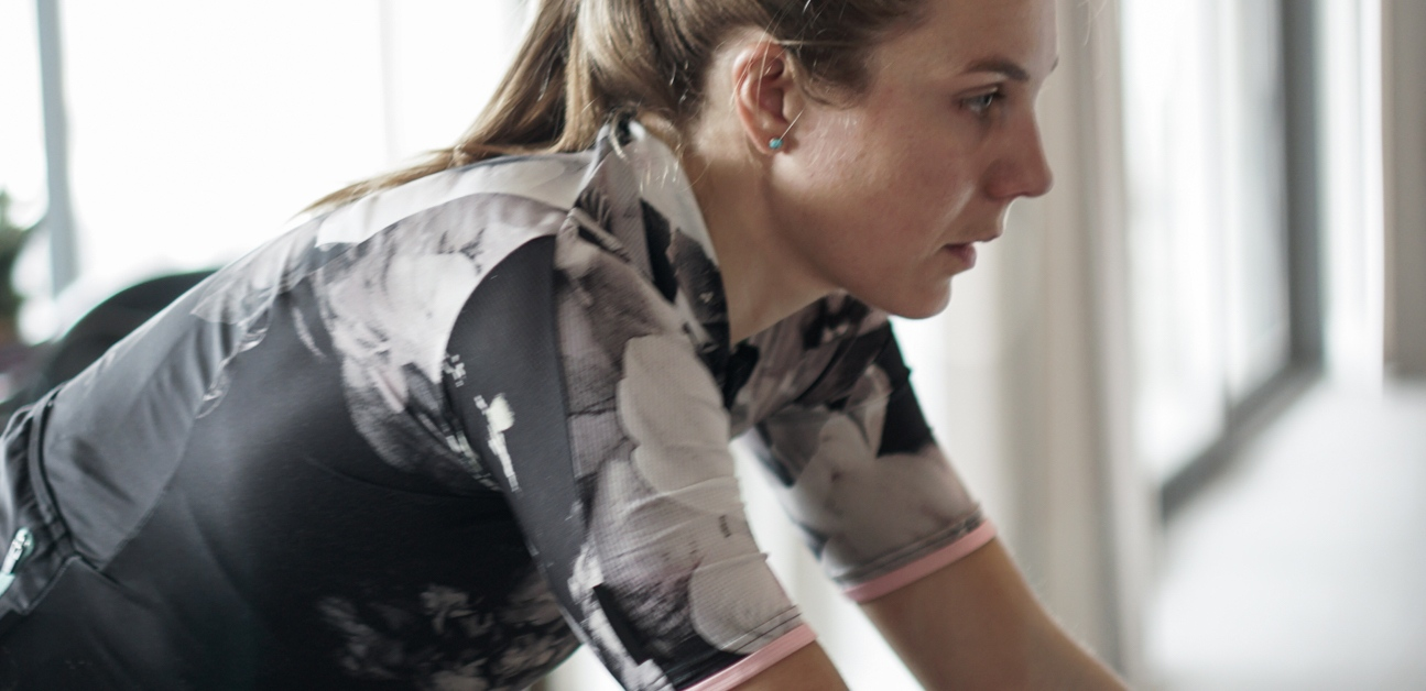 An athlete trains her aerobic energy system using sweet spot intervals